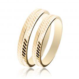 Χρυσή Βέρα Γάμου με Διαγώνιο Σκάλισμα