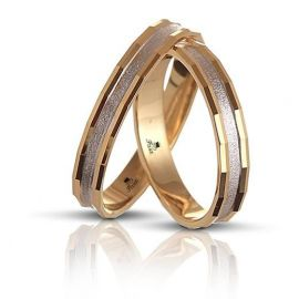 Polygonal Two-Tone Wedding Ring
